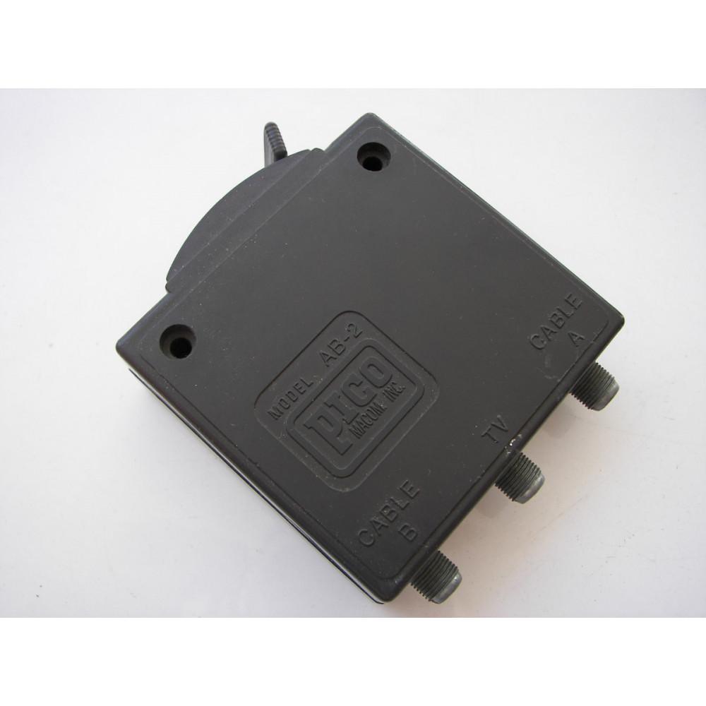 Pico Macom Inc Model AB-2 Televison TV Coaxial Cable A/B Switch Control