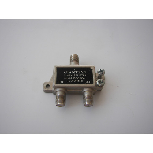 Giantex DC-1204 2-Way Splitter 5-2000 MHz Low-Loss