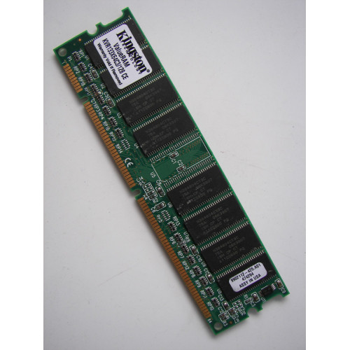 Kingston ValueRAM 128 MB 133MHz SDRAM DIMM Desktop Memory (KVR133X64C3/128 CE)