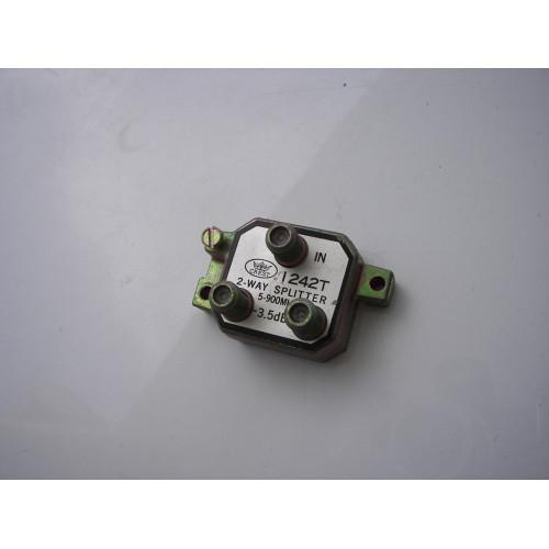 Generic 2-Way 5-900MHz Signal Splitter I242T